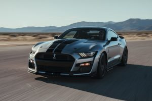Makinat sportive -Ford MustangShelby GT350